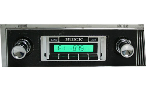 Custom AutoSound USA-230 In Dash AM/FM Buick 16