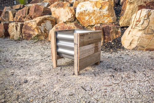 Rustic MINI Planter Box - Colorbond