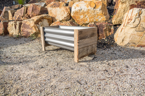 Rustic SMALL Planter Box - Colorbond