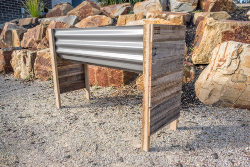 Rustic RAISED MEDIUM Planter Box - Colorbond