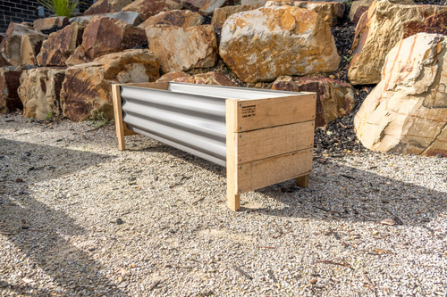 MEDIUM Planter Box - Colorbond