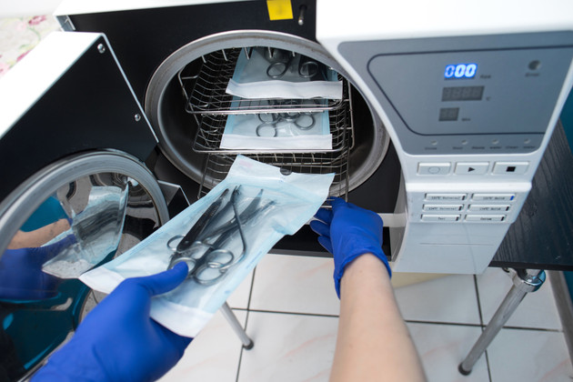 How to Find the Best Laboratory Autoclave to Keep Your Equipment Sterile