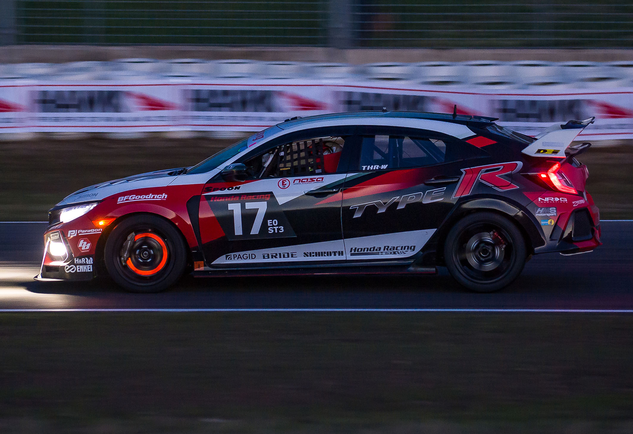 Team Honda Research West Civic Type R at 25 Hours of Thunderhill
