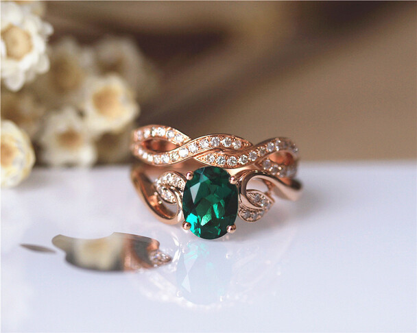 Unique 6x8mm Oval Emerald Ring Set Solid 14K Rose Gold Emerald Engagement Ring Set
