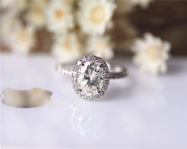 2.1ct 7x9mm Oval Brilliant Moissanite Engagement Ring Solid 14K White Gold Moissanite Ring