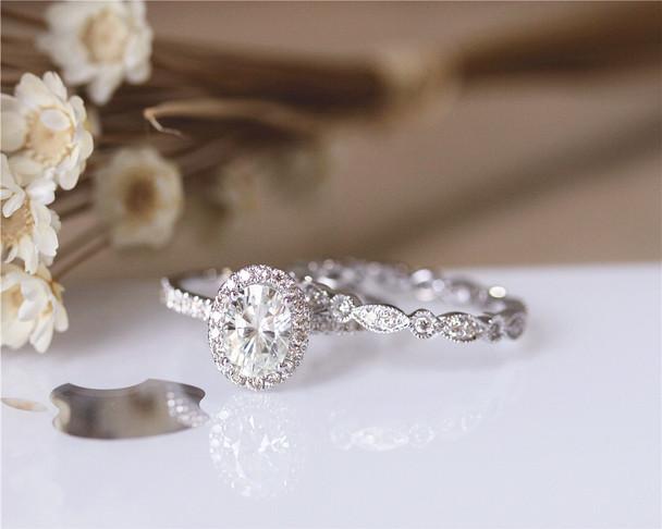 Charles&Colvard 1ct 5x7mm Oval Brilliant Moissanite Engagement Ring Set Solid 14K White Gold
