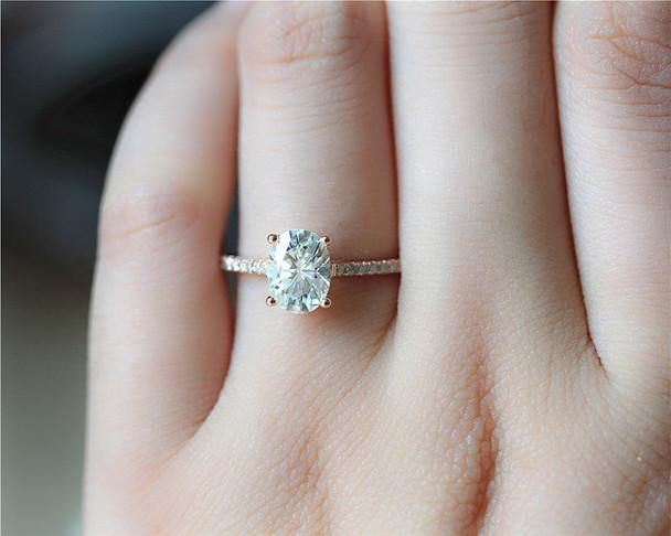 1.5ct Oval Brilliant Moissanite Engagement Ring Solid 14K Rose Gold Moissanite Ring