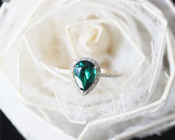 Pear Cut 6x8mm Emerald Ring Solid 14K Yellow Gold Wedding Ring Emerald Engagement Ring