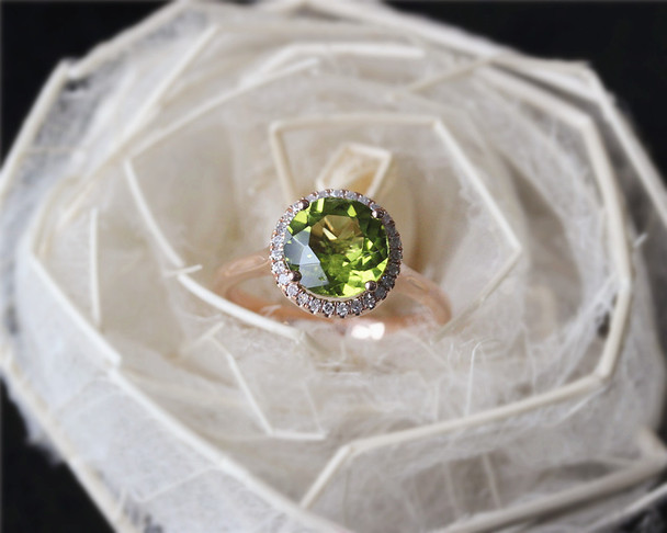 Birthstone Natural Peridot Round Cut Diamond Ring Solid 14K Rose Gold Wedding Ring Halo Engagement Ring