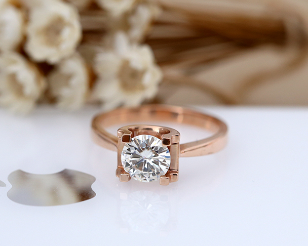 New Design! 1ctw Round Moissanite Ring Solid 14K Rose Gold Plain Gold Band Moissanite Engagement Ring