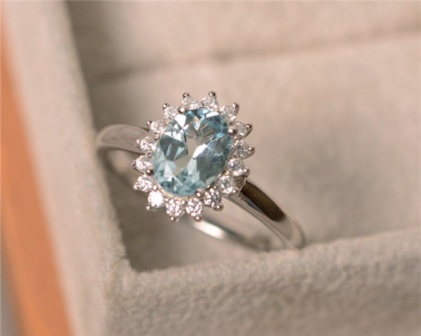 Genuine Aquamarine Ring,6*8mm Oval Cut Aquamarine,March Birthstone Ring,Sterling Silver Ring,Engagement Ring