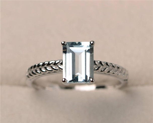 6*8mm Emerald Cut Aquamarine Ring,Solitaire Ring,Sterling Silver Ring,Aquamarine Engagement Ring,Birthstone Ring