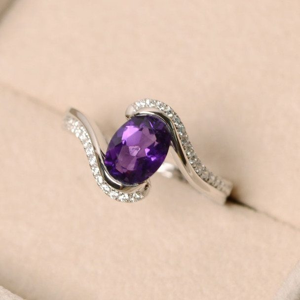 Purple Amethyst Ring,Sterling Silver Ring,6*8mm Oval Cut Ring,Amethyst Engagement Ring Birthston Ring