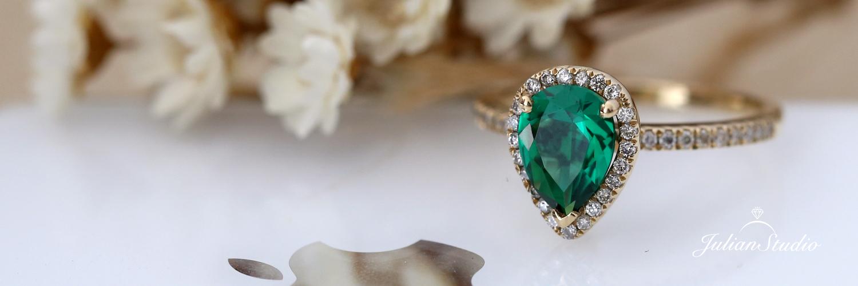 julian-studio-emerald-ring.jpg