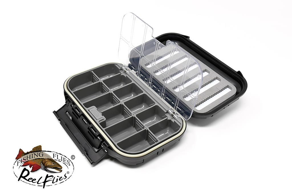 fly-box-large-compartment