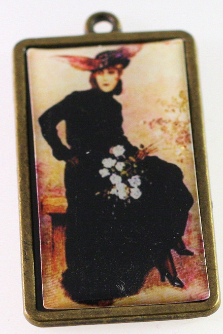 1 Antiqued Gold Plated Pewter 28x50mm Frame Focal with Victorian Lady *