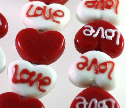 1 Strand Lampwork Glass 16x20x8mm Red & White LOVE Heart Beads *