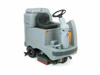 Advance Adgressor 3520C Floor Scrubber