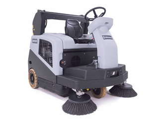 Advance SW5500 w/ Dust Guard Industrial Rider Sweeper