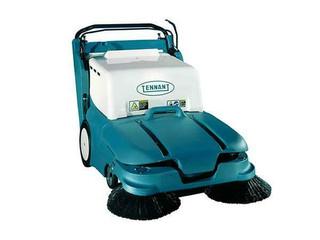 Tennant 6080 32 inch Gasoline Floor Sweeper