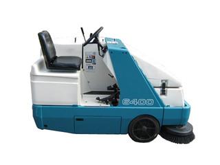 Tennant 6400 Gasoline Floor Sweeper