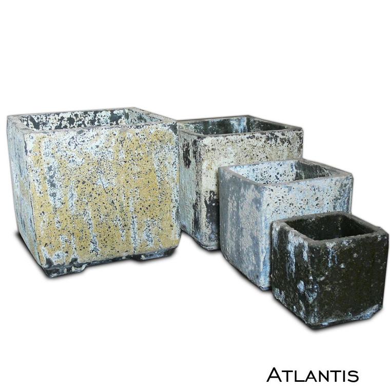AT-04 Cube Planter