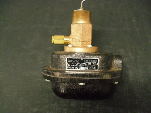 Flow Switch Mcdonnell & Miller FS7-4V