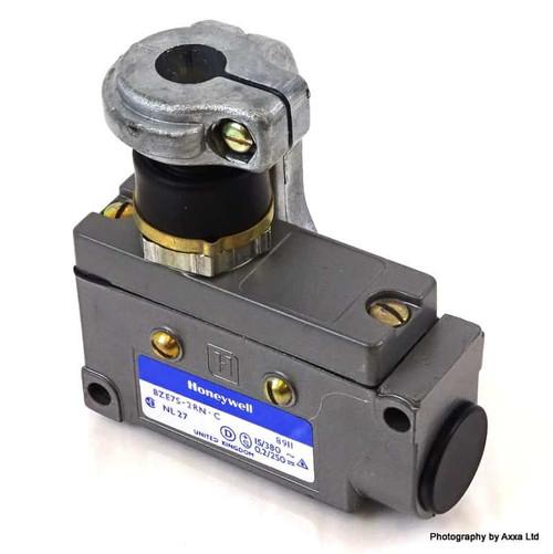 Enclosed Limit Switch BZE7S-2RN-C Honeywell BZE7S2RNC *New*