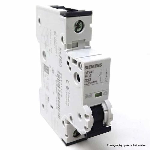1P Circuit Breaker 5SY4132-8 Siemens 32A D-Curve 5SY41328