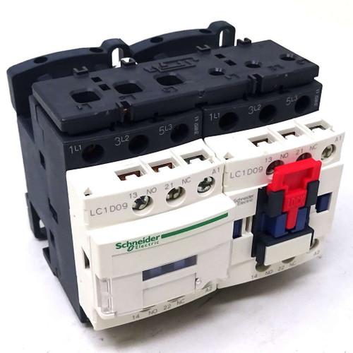 3P Reversing Contactor LC2D09B7 Schneider 24VAC 4kW 1NO 1NC 038320
