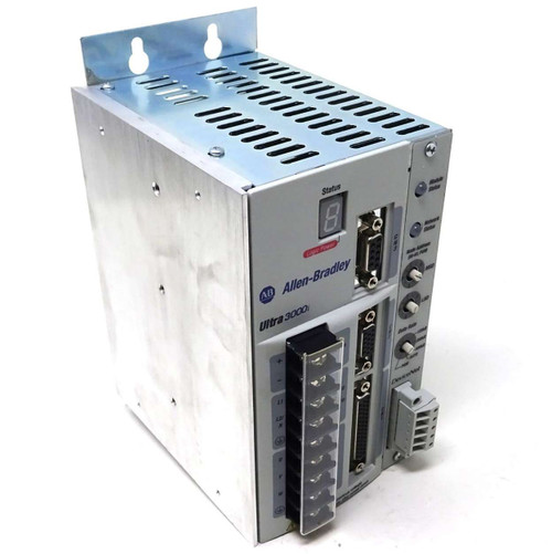Servo Drive 2098-DSD-005X-DN Allen-Bradley 2.5A/7.5A  ULTRA3000