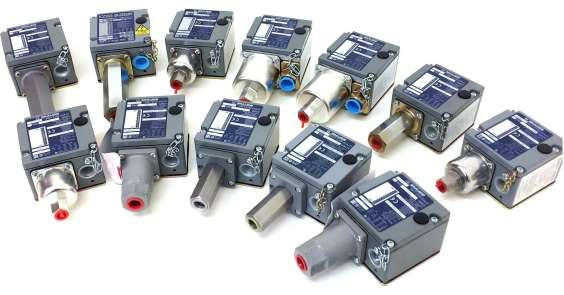 Sqaure D Pressure Switches Group Picture