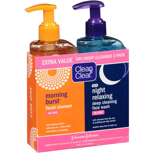 Clean & Clear Day + Night 2-Piece Cleansing Kit