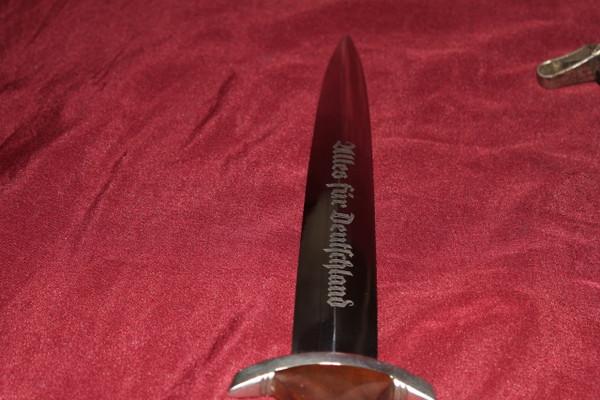NSKK dagger rzm code M7/83 WITH HANGER