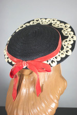 Early 1950s hat black straw schoolgirl style wide front brim lace trim