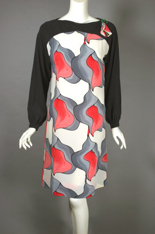 Painted silk calla lily print 1980s does 1960s does 1920s cocktail dress S-M