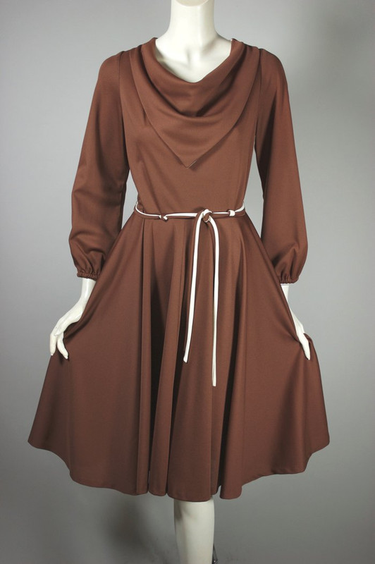 Milk chocolate polyester jersey 1970s disco dress full skirt size M