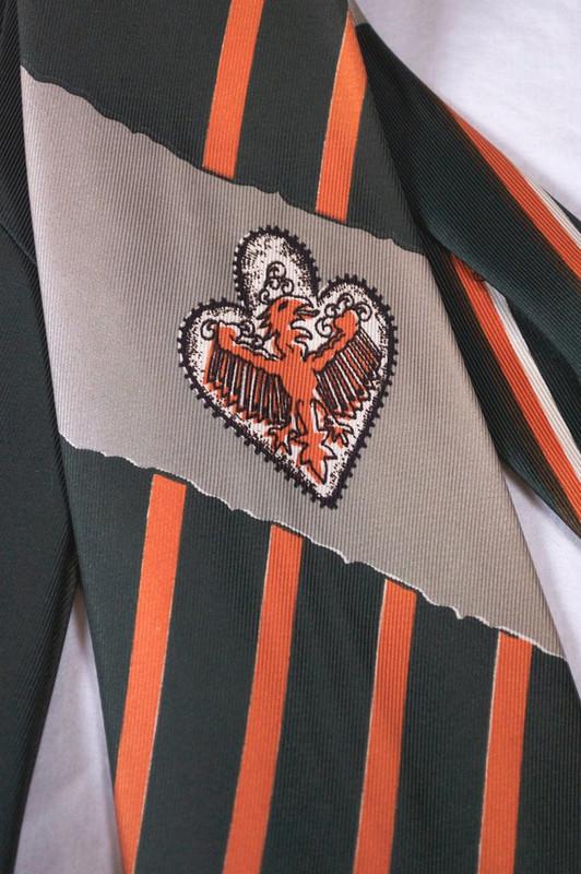 Wyvern dragon novelty print necktie 1940s wide swing tie Marshall Fields green orange