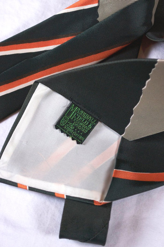 Wyvern dragon novelty print necktie 1940s wide swing tie Marshall Fields green orange