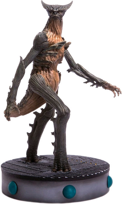 Colossal - Giant Monster Maquette-MDOMT-156