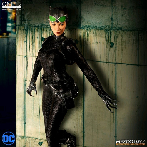 Batman - Catwoman One:12 Collective Action Figure-MEZ76820