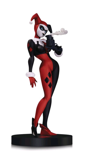 DC Designer Series - Harley Quinn Statue by Bruce Timm-DCCMAR160333
