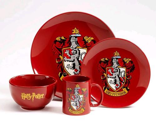 Harry Potter - Gryffindor 4 Piece Ceramic Dinner Set-HMBDIN4HP02