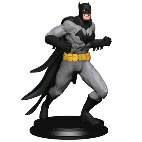 Batman - Classic Batman Statue Paperweight-ICH1381