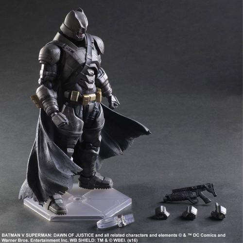 Batman v Superman: Dawn of Justice - Armored Batman Play Arts Action Figure-SQU81681
