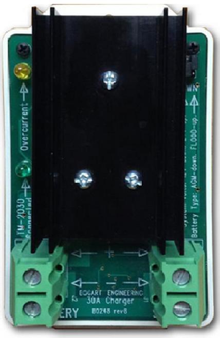 SC-2030 | 30A 12/24V Bogart Solar Charge Controller - Front