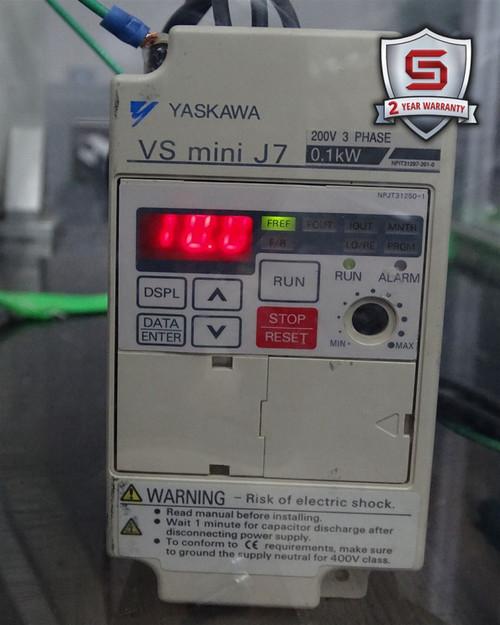 Yaskawa CIMR-J7AA20P1 Inverter Drive VS Mini J7 3-Phase 0.1kW 200-230VAC 1.1A - 40704_01.jpg