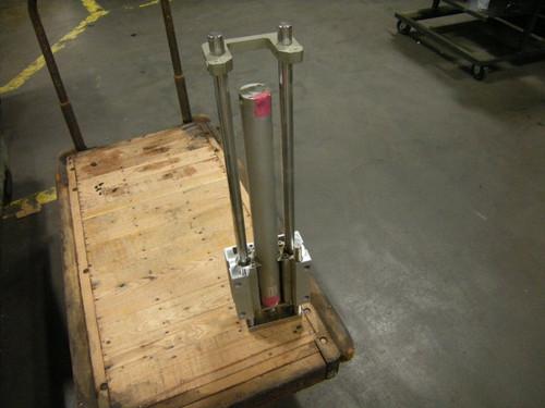 SMC M66MB50-500-XC18 Guide Cylinder Slide, 145PSI - 4223_01.jpg