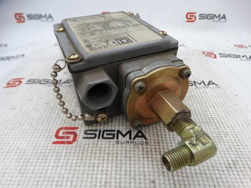 Square D GAW-4 Ser C Pressure Switch - 87710_04.jpg