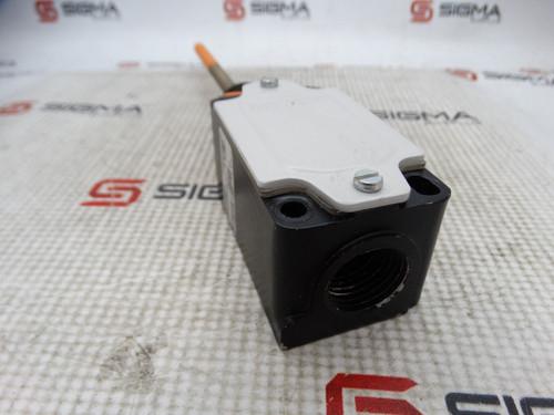Siemens 3SE3170-1R Limit Switch - 89322_02.jpg